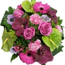 Round bouquet - Pink and green