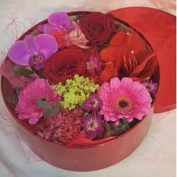 Rote Blumenkiste