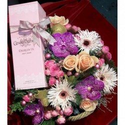 Flowers and rose champagne